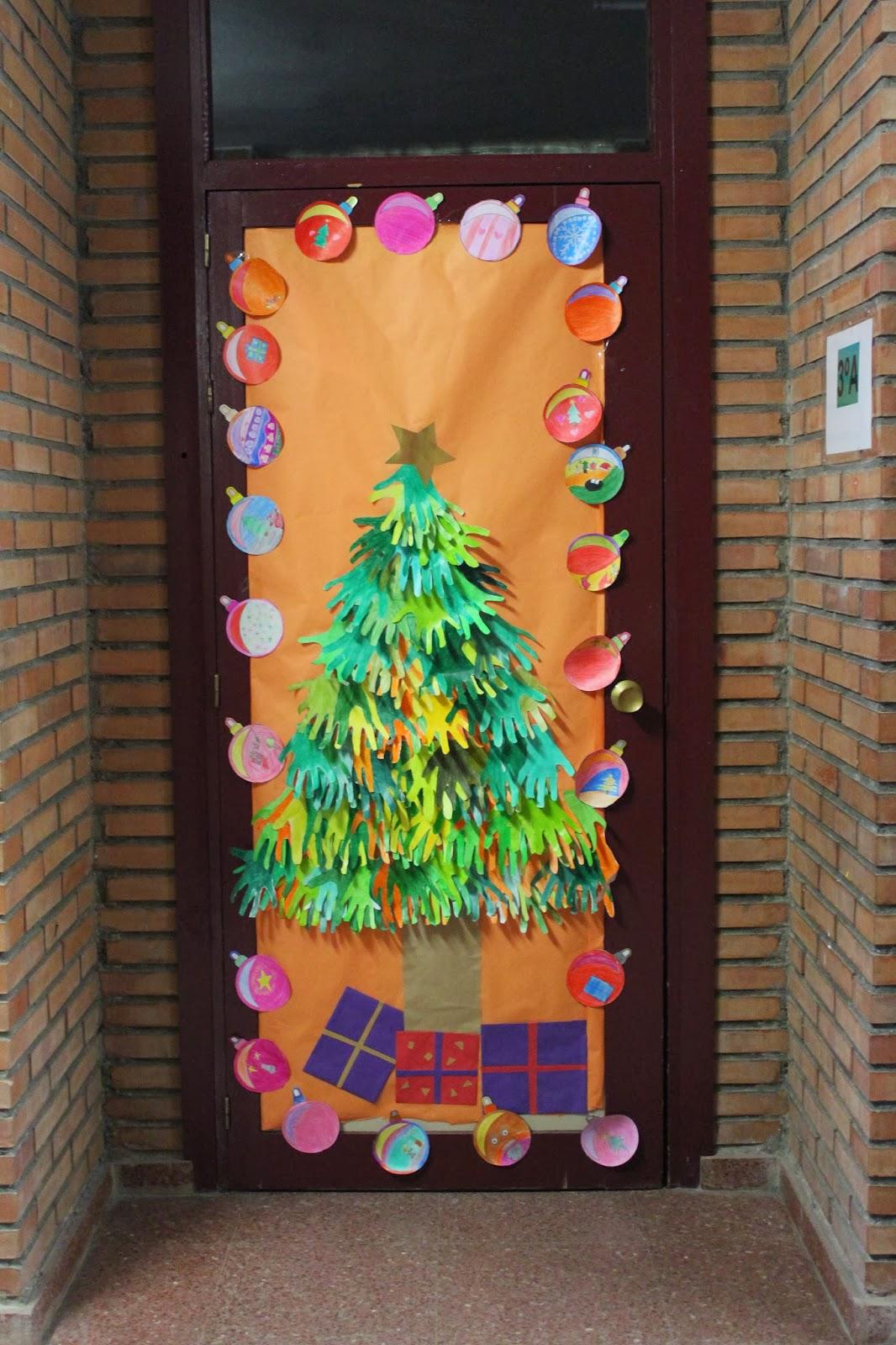 Puertas2 imagenes educativas for Arbol de navidad mural