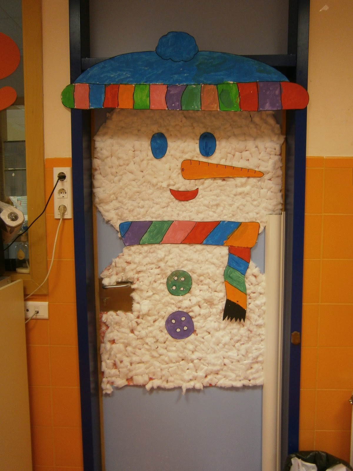 Puertas8 imagenes educativas for Puertas decoradas enero