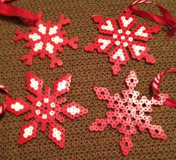 Manualidades navide as con hama imagenes educativas for Figuras de nieve navidenas