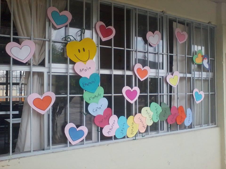 Decoracion dia del amor y dela amistad 10 imagenes for Actividades divertidas para el salon de clases