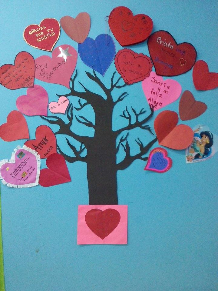 Decoracion dia del amor y dela amistad 28 imagenes for Actividades divertidas para el salon de clases