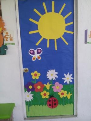 S per colecci n con m s de 100 im genes decoraci n de for Puertas decoradas primavera