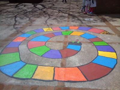 Juegos tradicionales patio colegio (16)