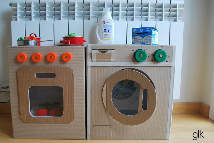 Juguetes reciclados con cajas de carton 6 imagenes for Como hacer una cocina de carton