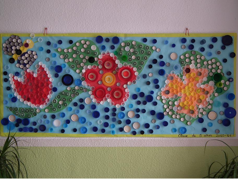 Murales con tapones de pl stico 1 imagenes educativas for Murales infantiles para preescolar