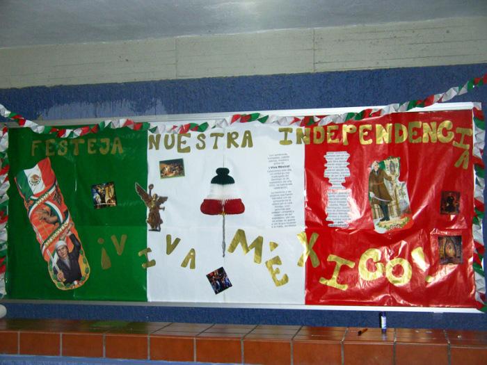 Peri dico mural mes septiembre 11 imagenes educativas for Caracteristicas de un mural