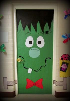 Actividades para festejar halloween en el preescolar for Puertas decoradas halloween