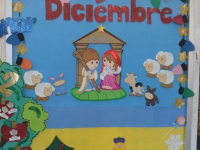 Completa recopilaci n de ideas para el peri dico mural de for Arbol de navidad mural