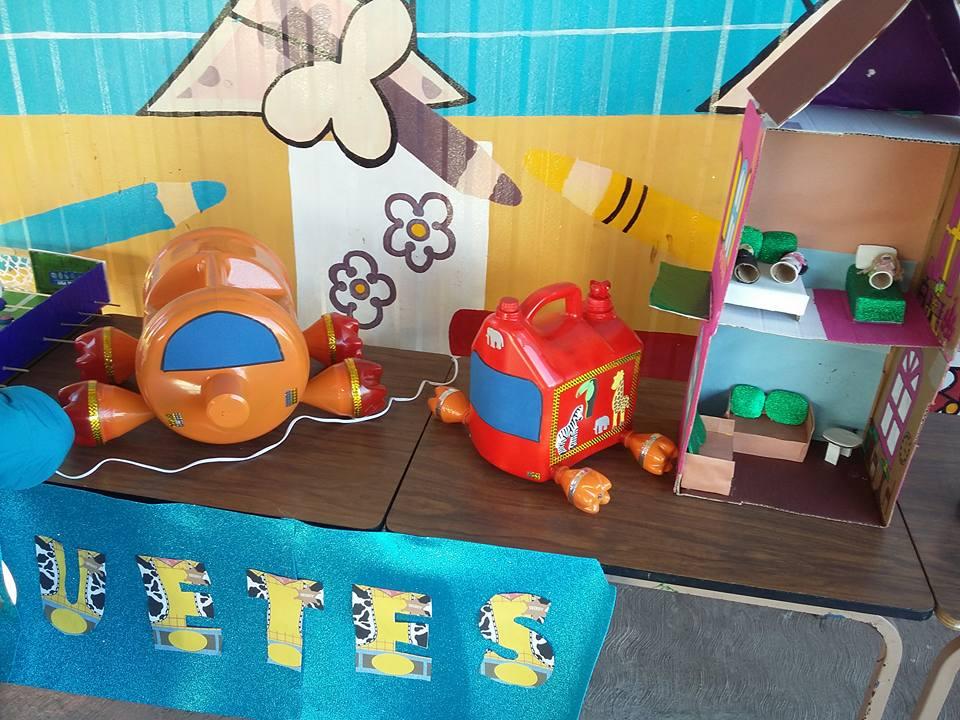 Feria del reciclado juguetes 12 imagenes educativas - Materiales para trabajos manuales ...