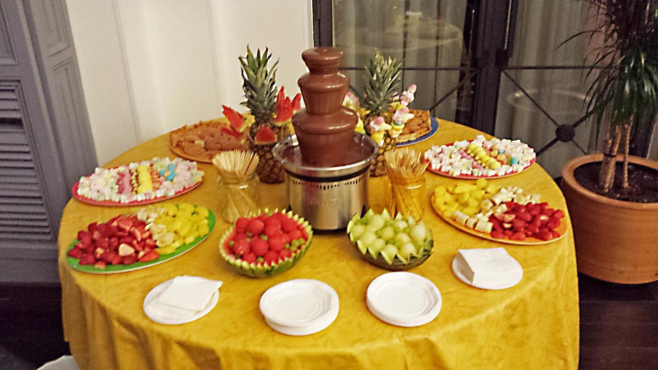 Fuentes y brochetas de frutas 23 imagenes educativas for Como secar frutas para decoracion